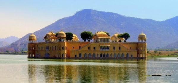 Розовый город Индии
